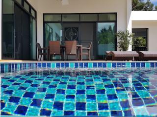 BLUE PARADISE VILLA -  3 Bed Home - Rawai Beach & Restaurants just 5 minute walk