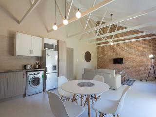 El Dorado 65 Luxury self catering, Oudtshoorn