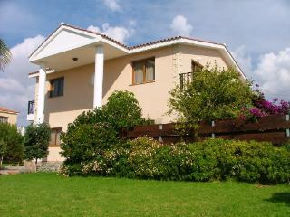 Unique large  villa in  coral  bay  center, Peyia