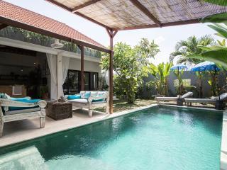 FREE CHEF - Umalas Retreat 6, (3 bed villa)