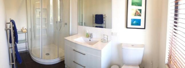 Fresh and warm bathroom with underfloor heating