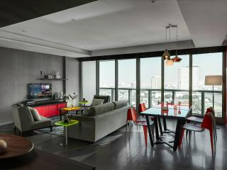 Great 3 BR APT in Bangkok