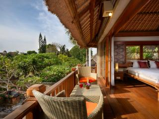 Rumah by the Sea Luxe Villa- Karang Suite, Sanur