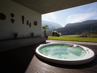 Jacuzzi with amazing view