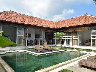 Recent house comfortable 5 mn center of Ubud, Peliatan