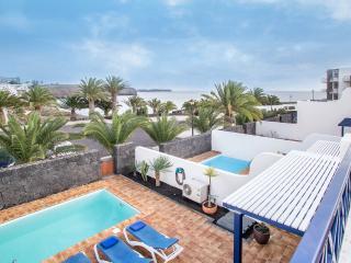 Villa en 1a linea de playa, Playa Blanca