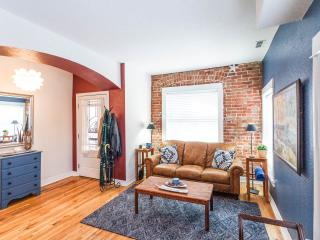 Great Condo In City Park West, Denver