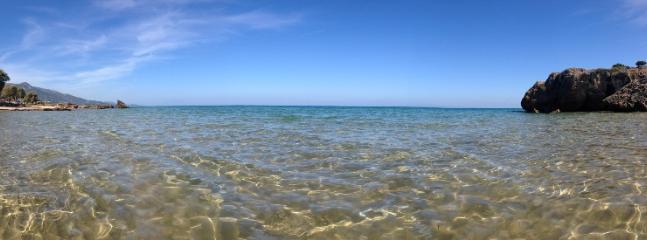 Plaka beach: 800m from Lithies Farm Houses