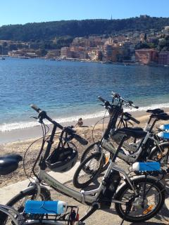 Cycling tour in lovely Villefranche with Nicecycletours E.bikes.