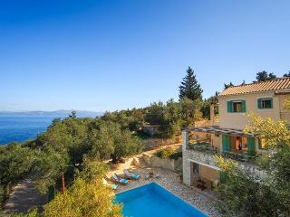 Villa Manti Near Gaios, Paxos (Sleeps 2-6), Gáïos