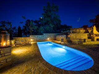 Villa Lenio Near Magazia, Paxos (Sleeps 2-7)