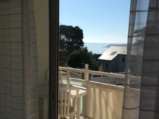 St. Cast le Guildo spacious apartment with a seaview sleeps 6