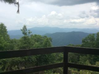 MOUNTAIN TOP, Sevierville