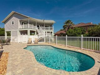 Ocean Walk, 2.5 Bedrooms, Steps to the Beach, Ocean Views with New Pool, Palm Coast