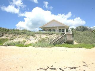 Cozy Cottage, Beach Front, 3 Bedrooms, Sleeps 6, Flagler Beach