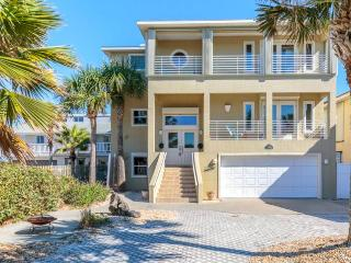 Sea Turtle Beach House, 4 Bedrooms, Slees 14, Across From Ocean, Flagler Beach