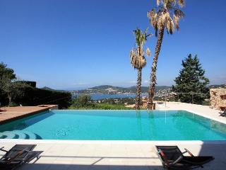 Superbe Villa Prestige de 260 m² / 8 Adultes + 2 e, Agay