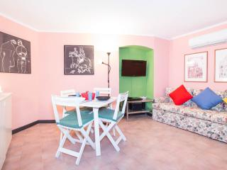 NICE FLAT WITH PRIVATE PATIO IN MONTEROSSO, Monterosso