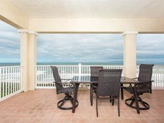 Cinnamon Beach 761, OceanFront 6th Floor Penthouse, Beautiful Furniture, Flagler Beach