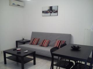 apartamento de tres plazas con calefacción y aire, Zaragoza