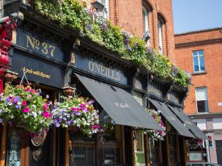 O'Neills Victorian Pub and Townhouse, Dublin