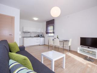 Newly Apartment Meli A1 (2+2), Banjol