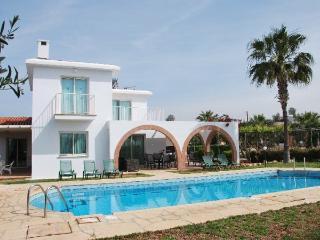 3BR Stunning Villa, Wifi, Private Swimming Pool