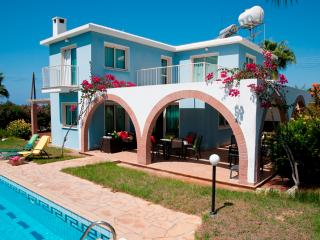 3BR Stunning Villa, Wifi, Private Swimming Pool, Paphos