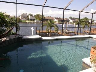 Villa Mar y Sol optional with 26 feet boat, Cape Coral