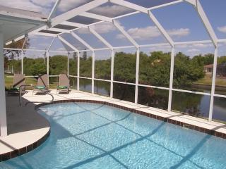 Villa Minta, Cape Coral with water view