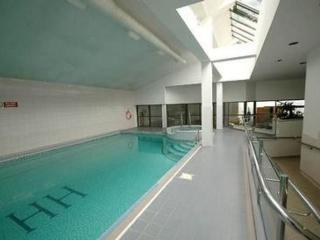 Central London Zone 1 Apartment 70m2 w/ Swim Pool