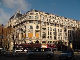 Boulevard Haussmann //Military Circle & Saint Augustin square