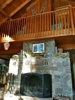 Big 'ol fireplace in Living Rm