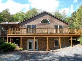 Raystown Lake Vacation Cabin Rental near the lake, Huntingdon