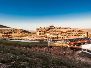 Ski-in/out 3-Bedroom, 3.5-Bath at Canyons Resort, Park City