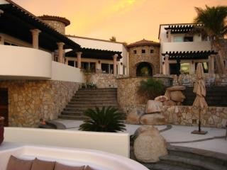 PRIVATE BEACHFRONT VILLA - CASTILLO ESCONDIDO, San Jose Del Cabo