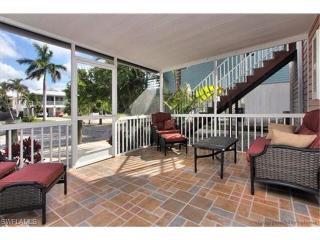 Chance in Paradise Fort Myers Beach Rental #19-1208