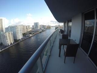 Hallandale Beach New Condo 2,197 Sq.ft.