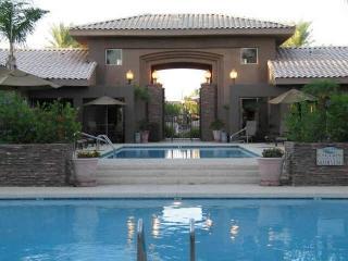 Luxury Scottsdale condo - Kierland gated community