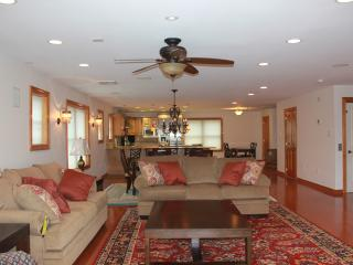 Luxury 5 Bed  5 Bth House near Ocean  with Pool, Wildwood Crest