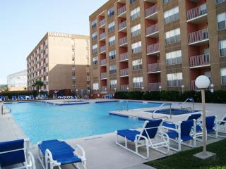 Gulfview I08 - Luxurious condo next Schlitterbahn, Ilha de South Padre