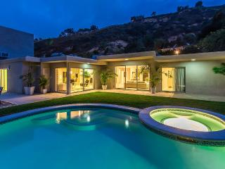 Beverly Hills 90210 Modern Celebrity Villa