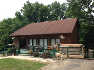 1st Choice Cabin Rentals Hocking Hills Ohio, Nelsonville