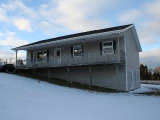Weekly Vacation Rental near Cavendish, New Glasgow