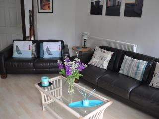 Large 5 Bed Townhouse in Pembrokeshire (sleeps 11), Haverfordwest