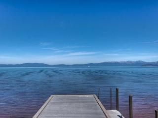 Lakefront Paradise With Pristine Views!, South Lake Tahoe