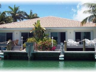 CABANA CLUB, BEACH -DOCK -Jan. 14-28  1,695 WK, Key Colony Beach