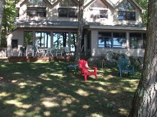 Lake Winnipesaukee Waterfront Vacation Rental, Moultonborough