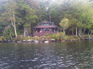 Lake Winnipesaukee Little Bear Island, Tuftonboro