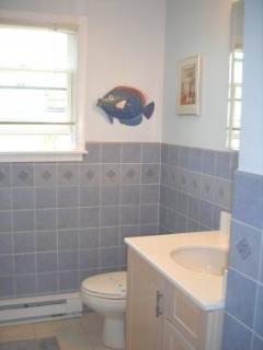 Bathroom with TUB - Upper floor